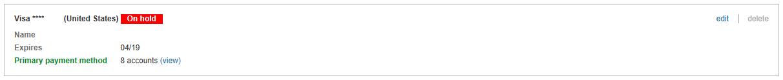 Moyen de paiement avec une étiquette indiquant «Gelé».